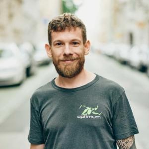 Porträtfoto Optimum Fitness Training Trainer Dominik Schmidt